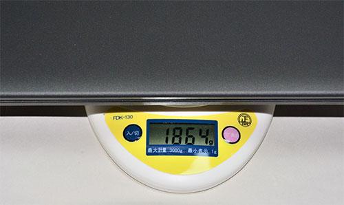 E450 14型スタンダードモデルでも186.4kgと軽量。
