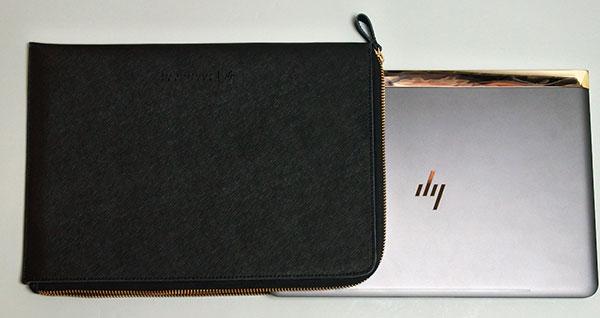 シンプルなレザークラッチバッグ(オプション対応)