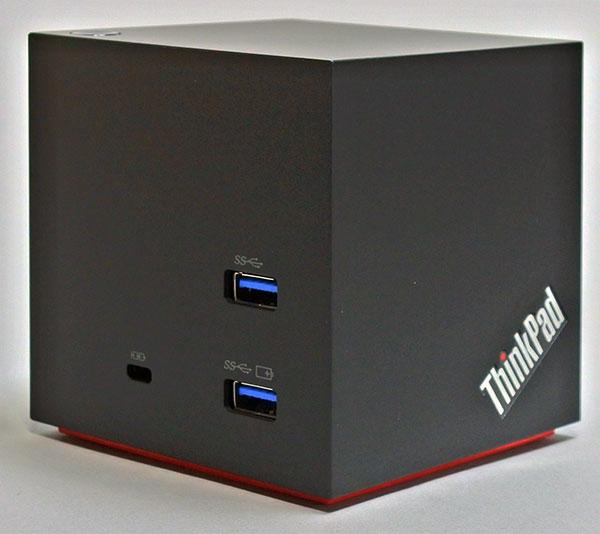 左側面(USB3.0 x2 (うち2.4A Powered USB x1)、ケンジントンロック スロット )