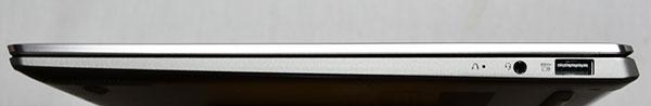 本体右側部。右から.USB 3.0×1、マイクロフォン・ヘッドフォン・ジャック、Novo ボタン
