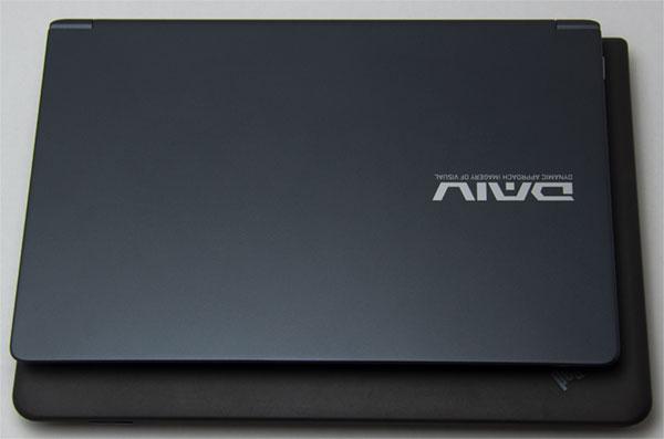 手前がDAIV-NG4300、後ろがThinkPad E450。