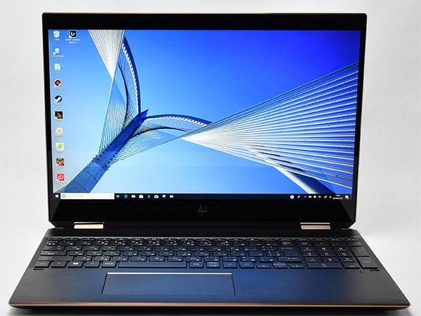 液晶パネルは狭額縁の4K UHD液晶ディスプレイ(最大3840×2160、最大1677万色)IPSマルチタッチ。