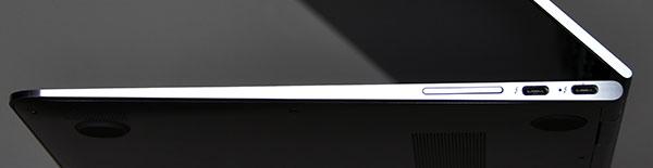 本体右側部。右から.USB Type-C 3.1 Thunderbolt 3 ×2(電源オフUSBチャージ機能対応)、音量ボタン。