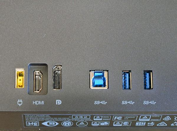 背面の入出力ポート(左から電源ポート、HDMI、DisplayPort、Mini DisplayPort、USB3.0×2)