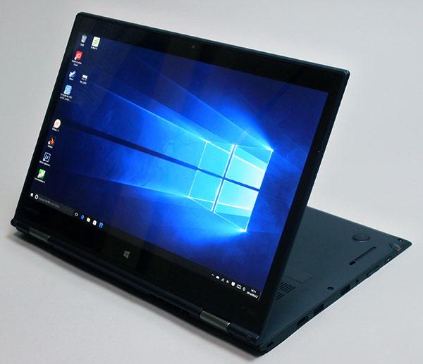 以下ThinkPad X1 Yogaの液晶部分を回転して(テント、スタンド、タブレット)のモードに切り替え出来る。